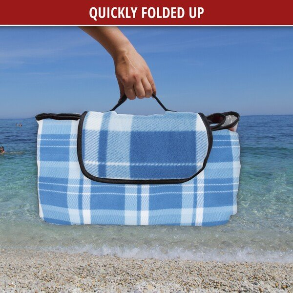 Travel blanket with aluminium back blue/white check 200x200cm